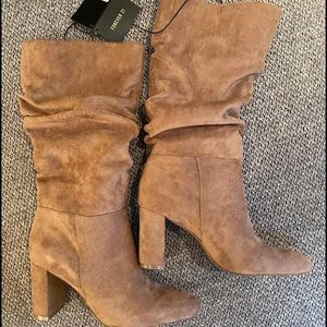 NWT Slouchy Boots - 7.5